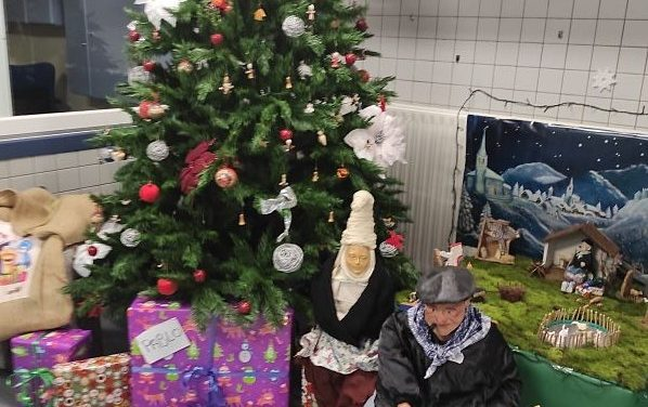 !La Navidad ha llegado a Intxaurrondo Hegoa!